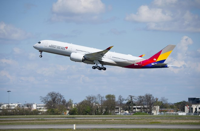 Asiana Airlines Airbus A350