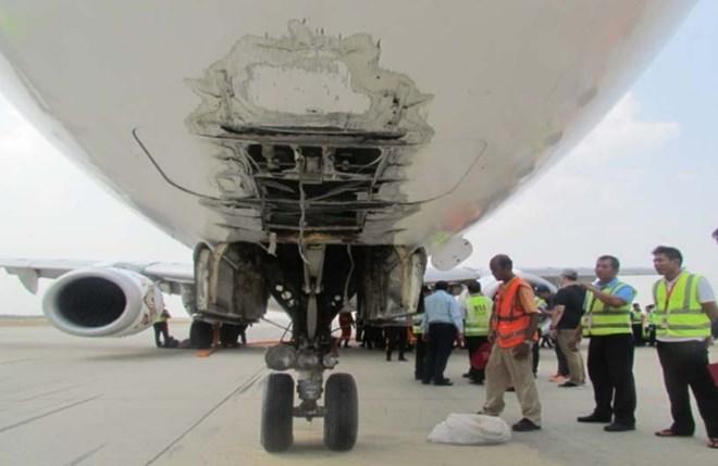 Myanmar E190 damage