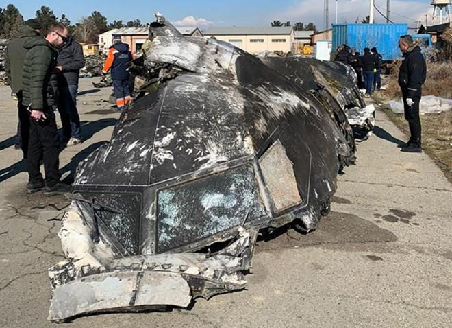 737 damage-1
