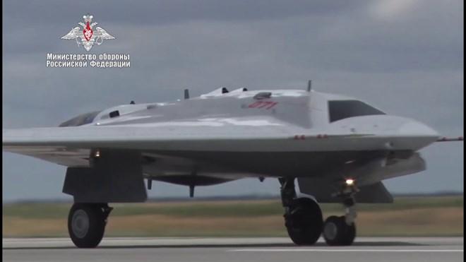 S-70_Okhotnik screenshot from YouTube video