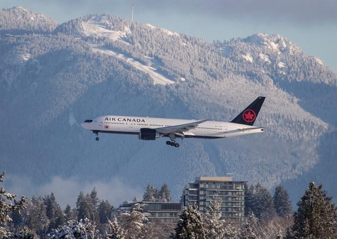 Air_Canada_B777-200LR