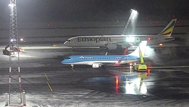 Ethiopian 787 mast collision