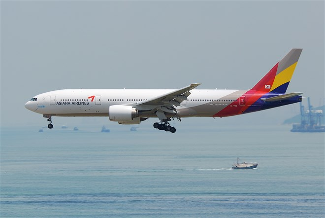 Asiana Airlines 777-200ER