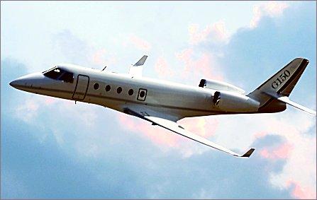 G150 flying W445