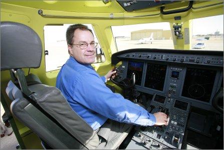 Pilot Mike Gerzanics G150