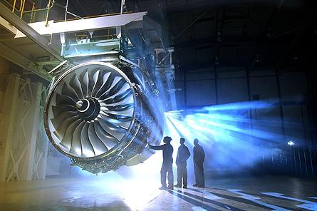 R-R Trent 1000 test 01 W445