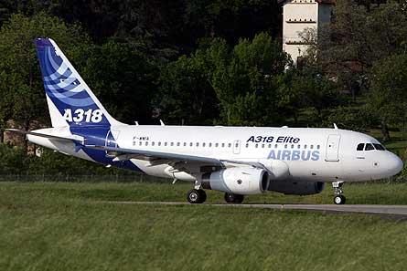 Airbus A318 Elite W445