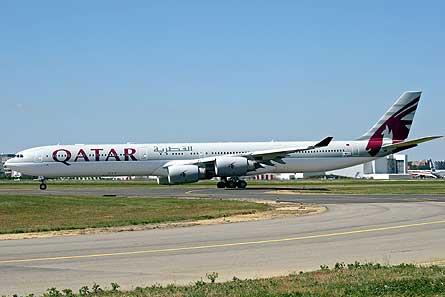 Airbus A340-600HGW Qatar W445