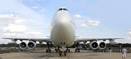 Boeing Bond 747-XXX 01