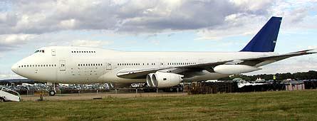 Boeing Bond 747-XXX 02