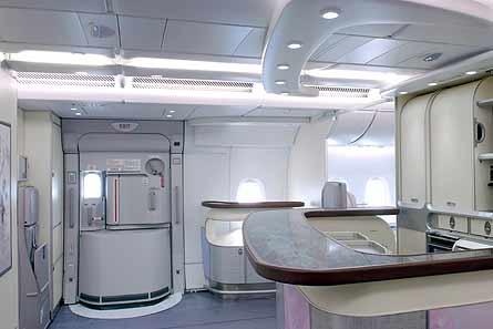 A380 MSN007 upper deck business
