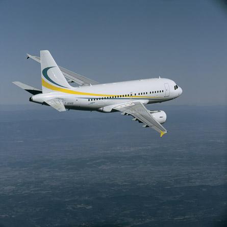 A318-Comlux1