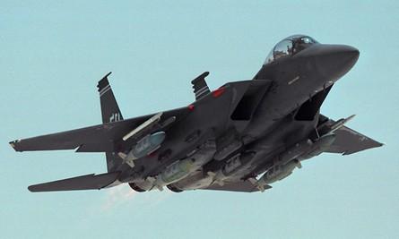 F-15E with JDAMs