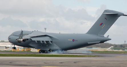 UK C-17 lands