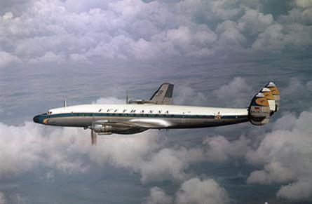 Lufthansa Starliner flying