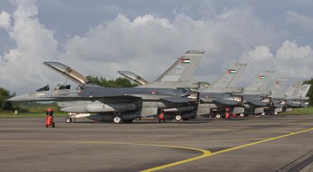 F-16s Jordan - Anno Gravemaker