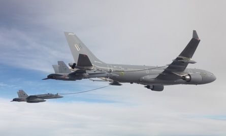 PICTURE: A330 tanker refuels two fighters simultan
