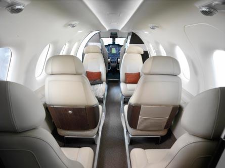 Phenom 300 flight test: cabin, ©Embraer