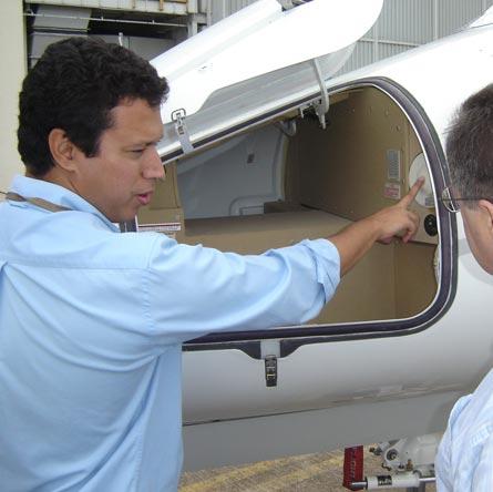 Phenom 300 flight test: external baggage compartme