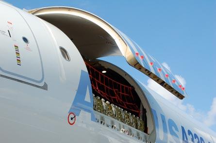 A330 cargo door, ©Jon Ostrower, Flightglobal