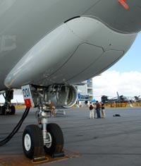 A330 nose gear, ©Jon Ostrower, Flightglobal
