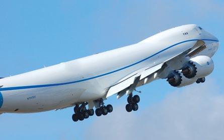 RC001 flight deck, ©Jon Ostrower, Flight