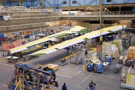Boeing 747-8 wings - Boeing