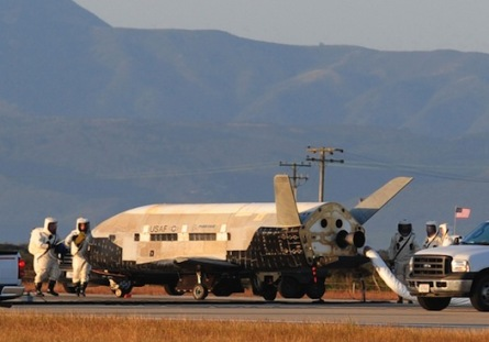 X-37B land