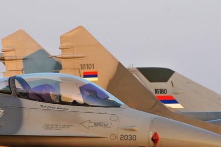 Serbian air force Mig 29 & USAF F-16
