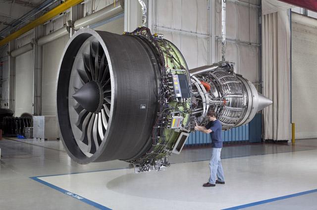 GEnx 1b engine