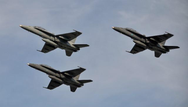FA-18D Hornets Malaysia LIMA 2013 - Rex Features