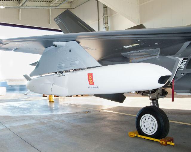 Joint Strike Missile fitted