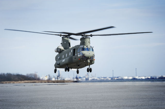 UK Chinook Mk6 land