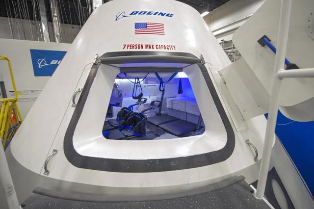 CST100 interior