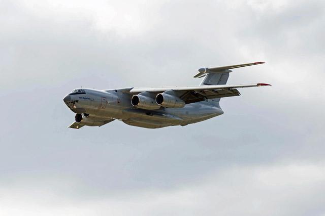 Ilyushin Il-76 MD-90