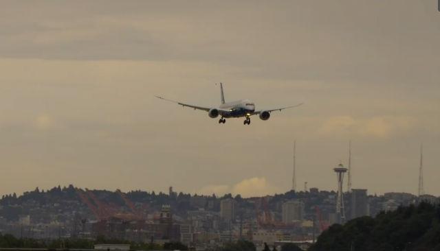 787-9 Approach 640