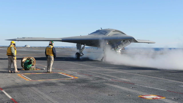 X-47B Roosevelt for launch - US Navy