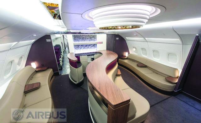 Qatar A380 bar