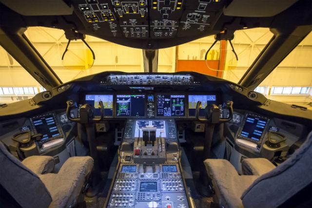 AC 787 cockpit
