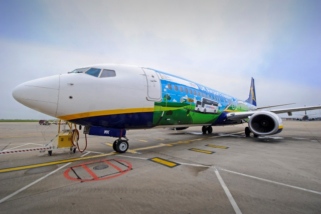 Ryanair Nat Exp special livery 1