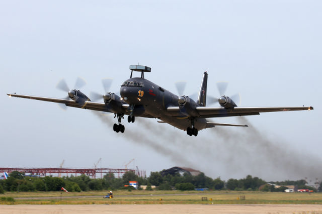 Ilyushin Il-38N flying