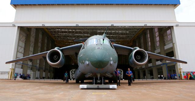 KC-390 front - Embraer