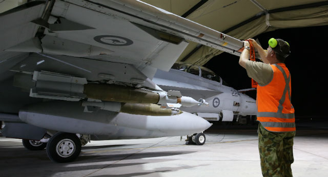 RAAF Super Hornet weapons - Commonwealth of Austra