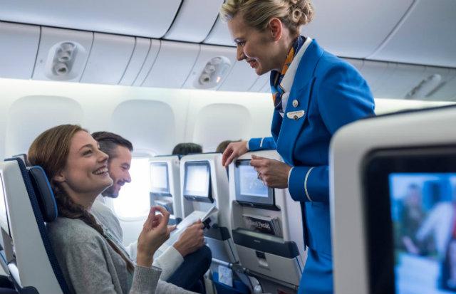 KLM 777 economy seat 640
