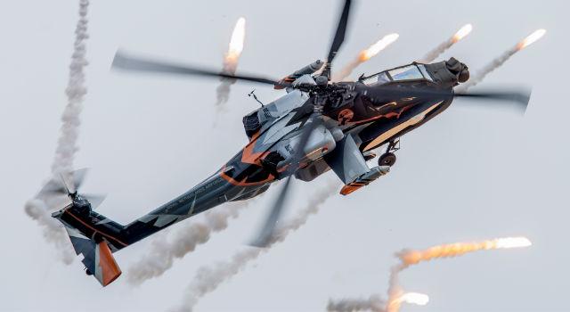 Dutch AH-64 - AirTeamImages