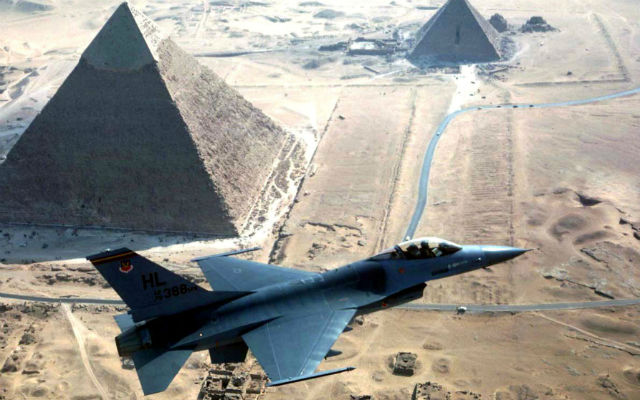 F-16 flying over Egyptian pyramids - Rex