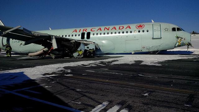 AC crash Halifax 640px-1