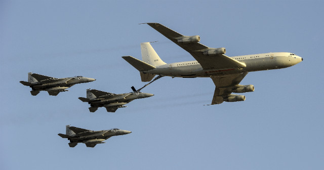Israel 707 tanker - AirTeamImages