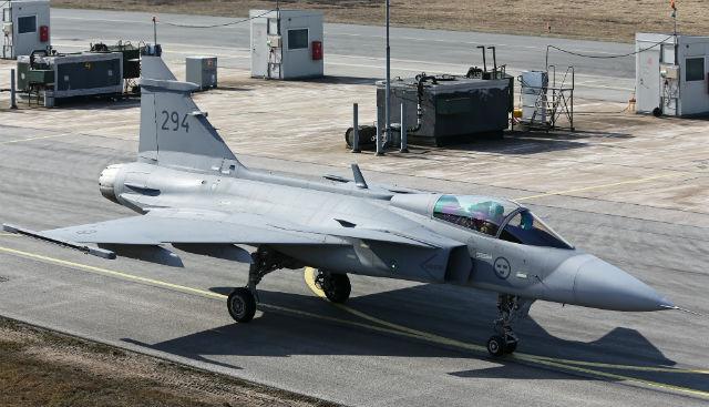 Last Swedish Gripen C - pay Gunnar Akerberg