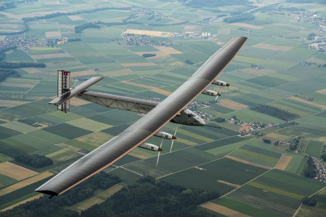 Solar Impulse 2 c Solar Impulse